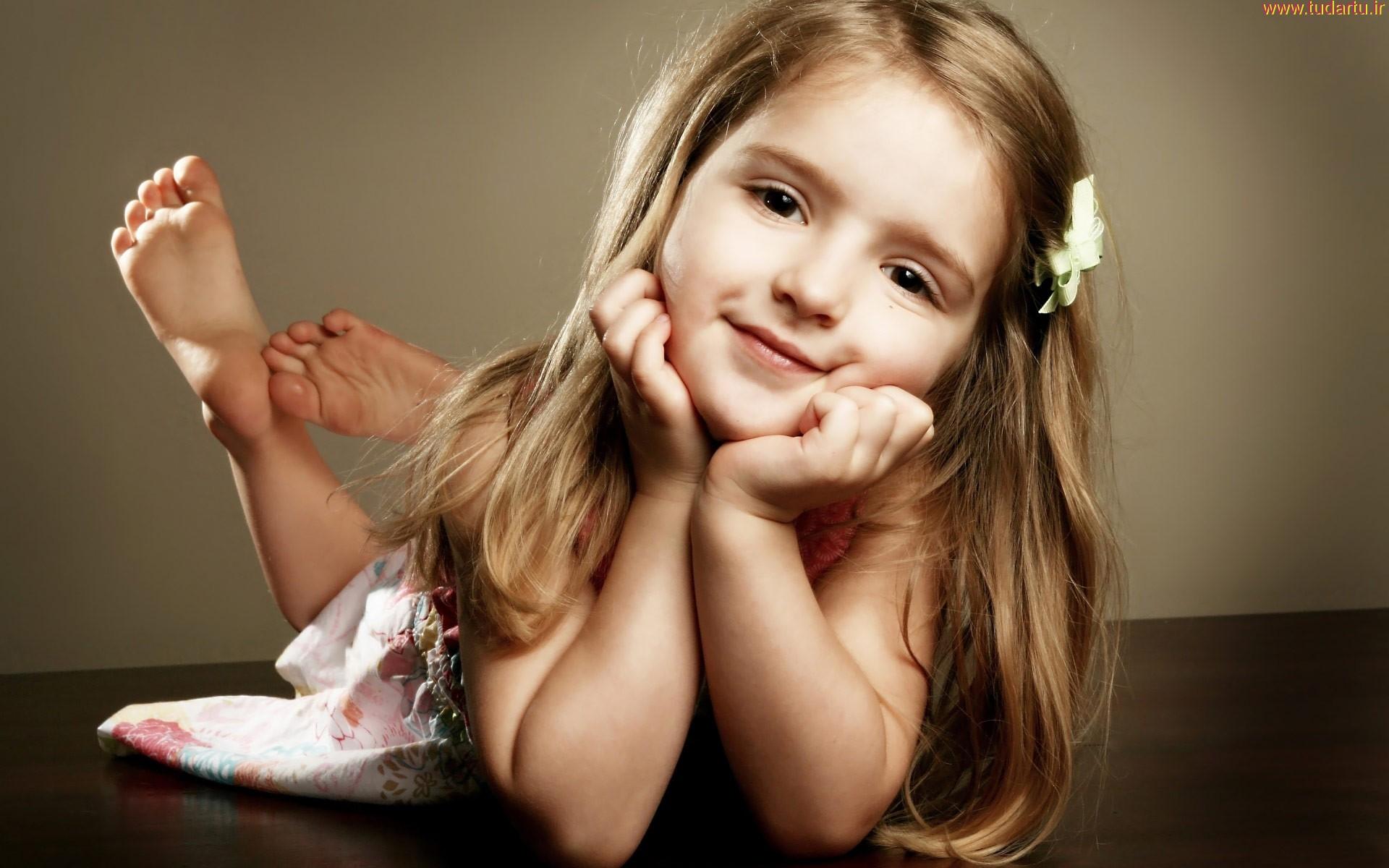 والپیپر 2 دختر کوچولوی ناز | pretty cut girls wallpaper